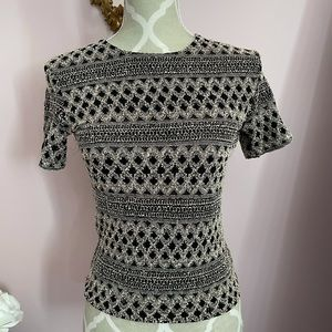 Gorgeous vintage pattern top